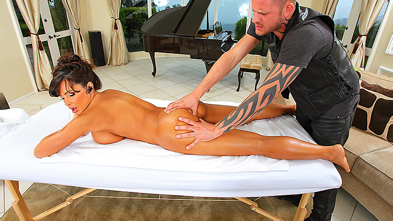 lisa ann massage