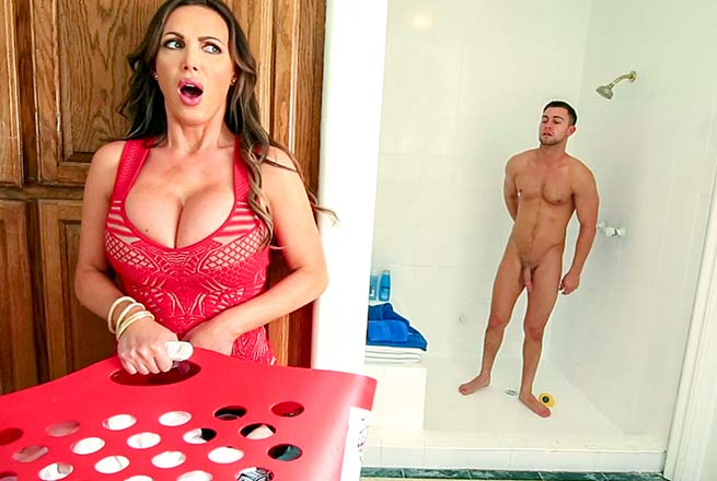 brazzers step mom